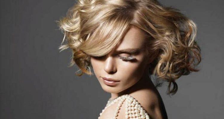 Как научиться красиво укладывать волосы